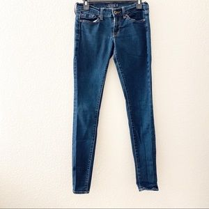 Size: 0/26R Lucky Brand Jean